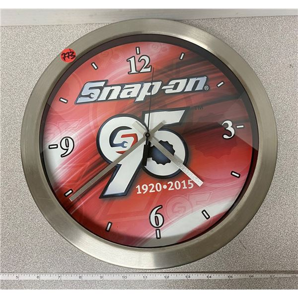 """Snap On clock, working. 12"""" wide"""