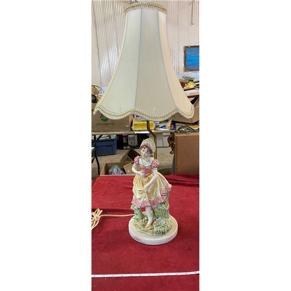 Table Lamp W/ Porcelain Girl