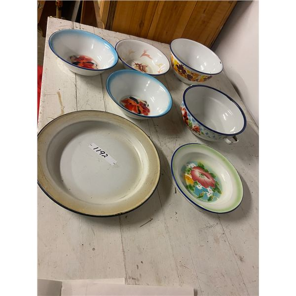 lot of enamel ware dishes 7 pc
