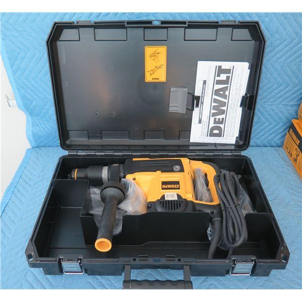 DeWalt D25501K SDS-Max Rotary Hammer in Hard Case