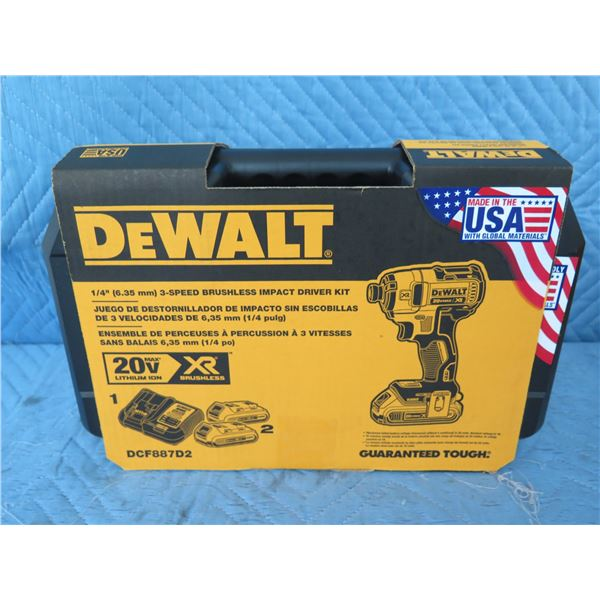 DeWalt DCF887D2 Impact Driver 20V 3 Speed  New in Box