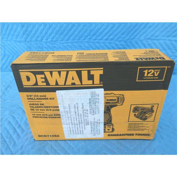 """DeWalt DCD710S2 3/8"""" Drill Driver Kit 12V Max  New in Box"""
