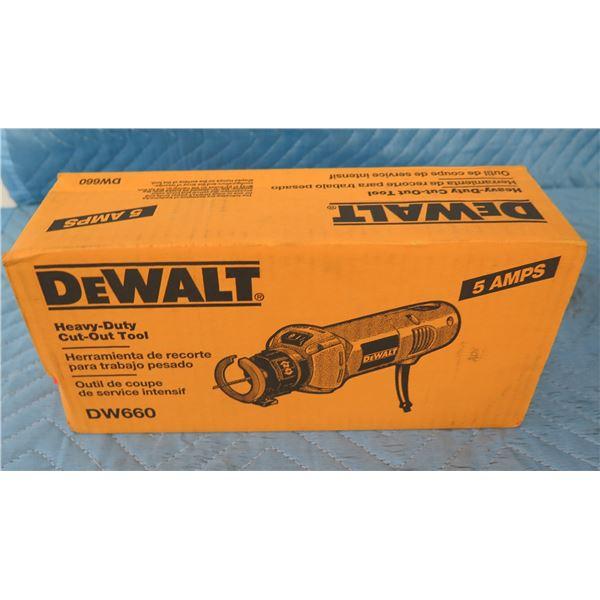 DeWalt DW660 Heavy Duty Cut-Out Tool  New in Box