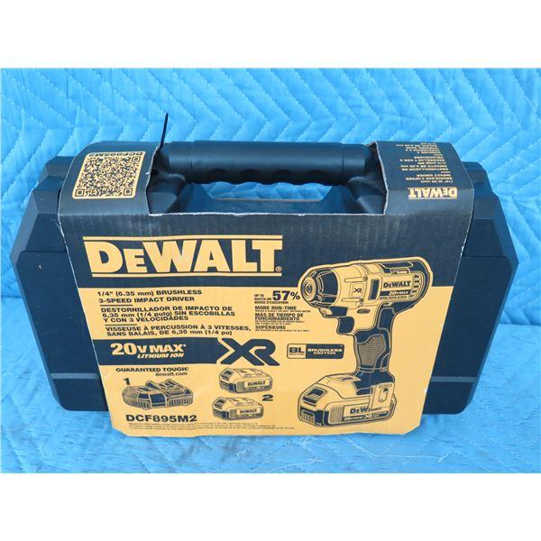 DeWalt DCF895M2 Impact Driver 20V Max  New in Box