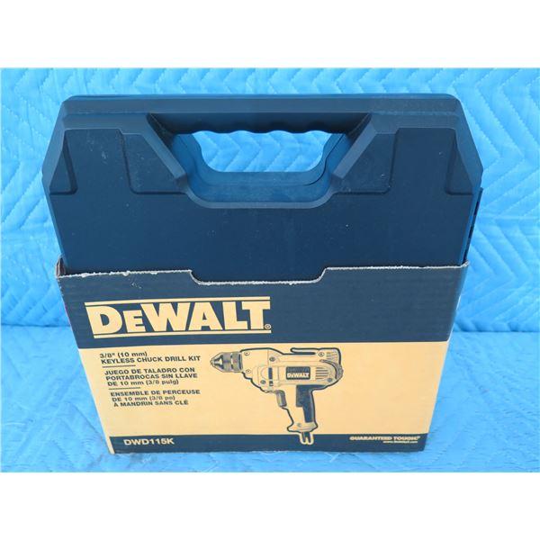 """DeWalt DWD115K 3/8"""" Keyless Chuck Drill Kit  New in Box"""
