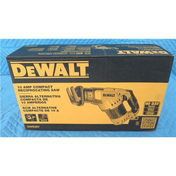 DeWalt DWE357 Reciprocating Saw New in Box