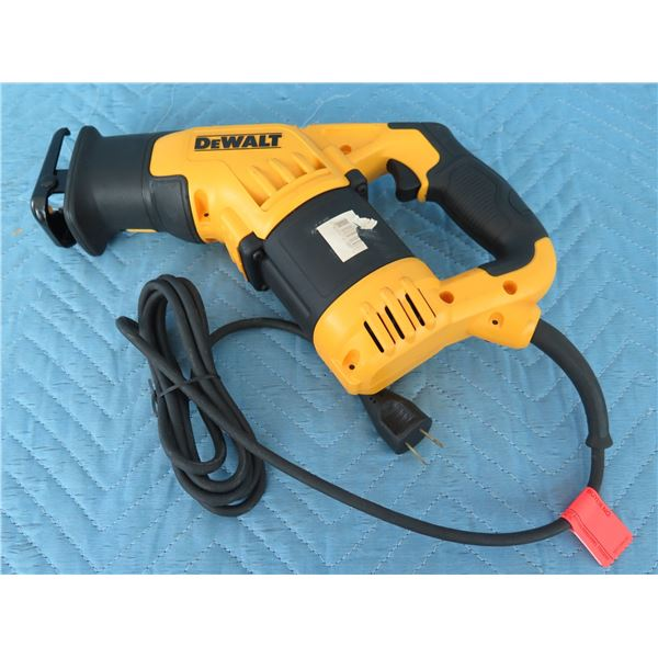 DeWalt DWE357 Reciprocating Saw