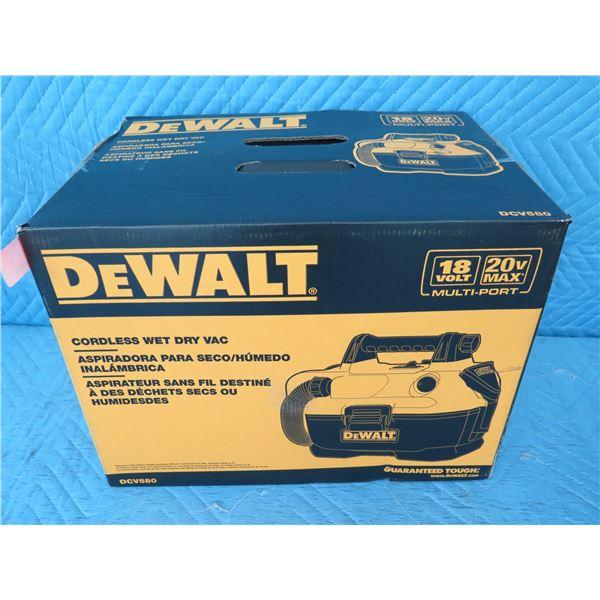 DeWalt DCV580 Wet Dry Vacuum 20V/18V New in Box