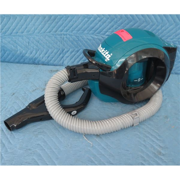 Makita DCL500Z Cordless Cyclone Cleaner Vacuum 18V (Tool Only)