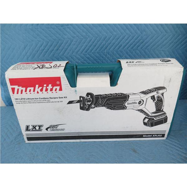 Makita XRJ02 Reciprocating Saw Kit 18V New in Box