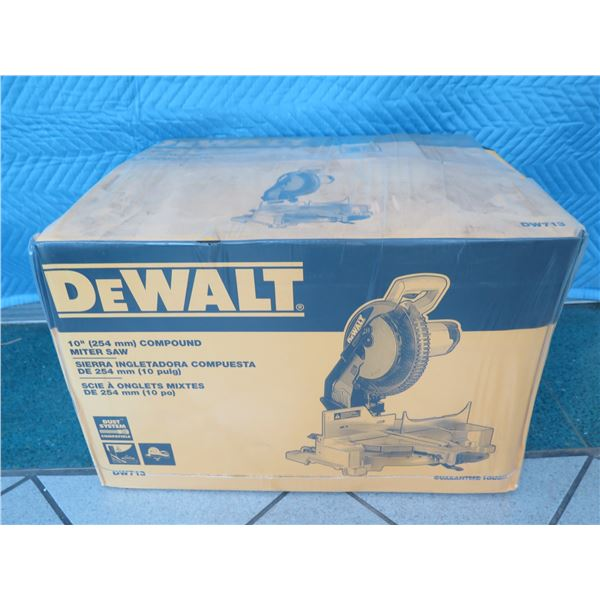 """DeWalt DW713 Compound Miter Saw 10"""" New in Box"""