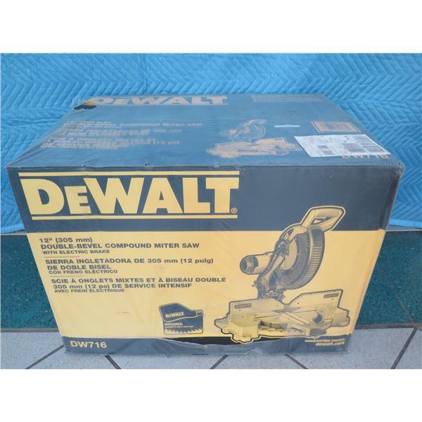 """DeWalt DW716 Compound Miter Saw 12"""" Double Bevel New in Box"""