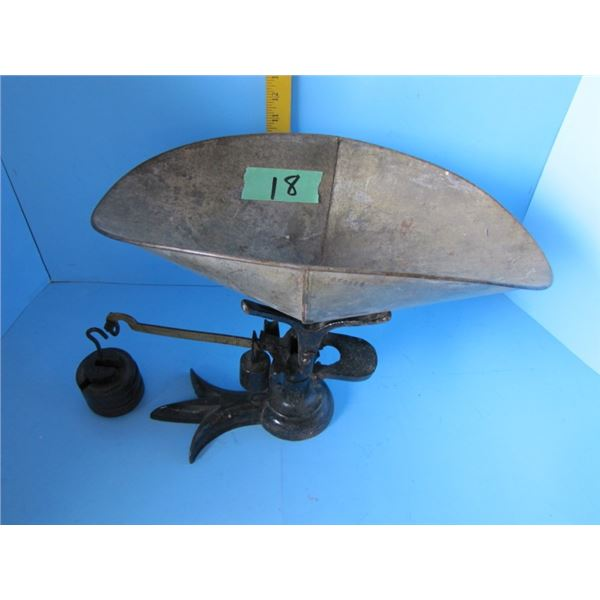 counter weigh scale with brass beam