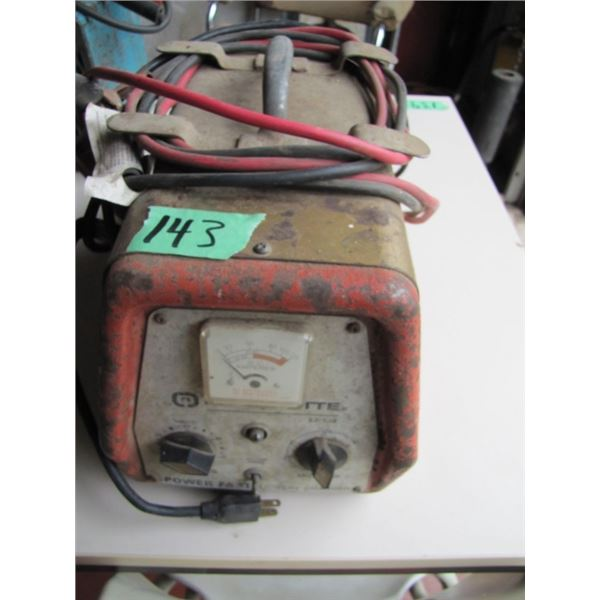 Marquette battery charger - works