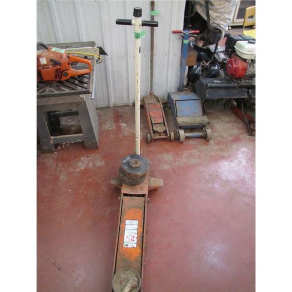 hydraulic floor jack 2 and a quarter ton - needs seals