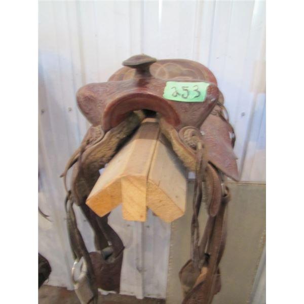 Western saddle approximately 12 inches