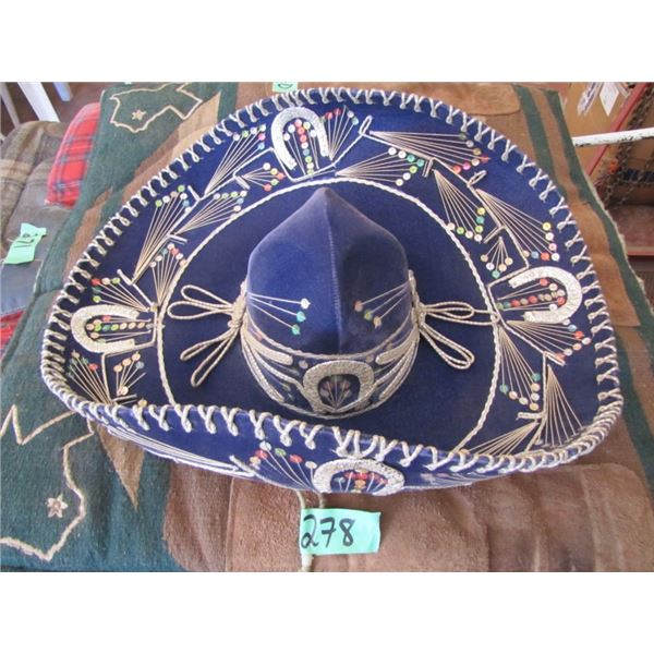 sombrero approximately 7 1/4 size