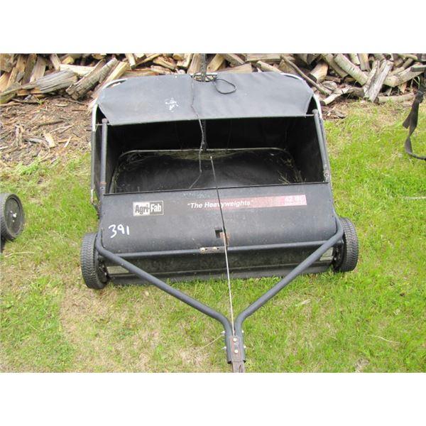 AgriFab 42 inch lawn sweep