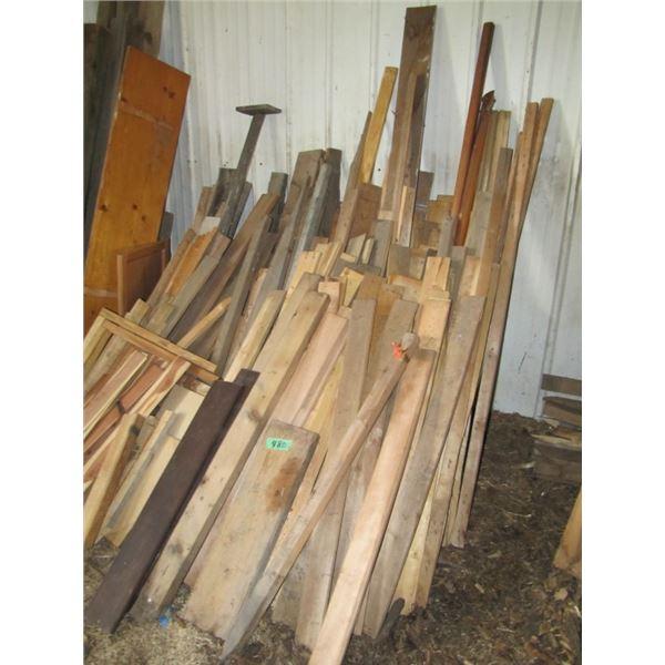 lot of short lumber pieces tabletop door excetera