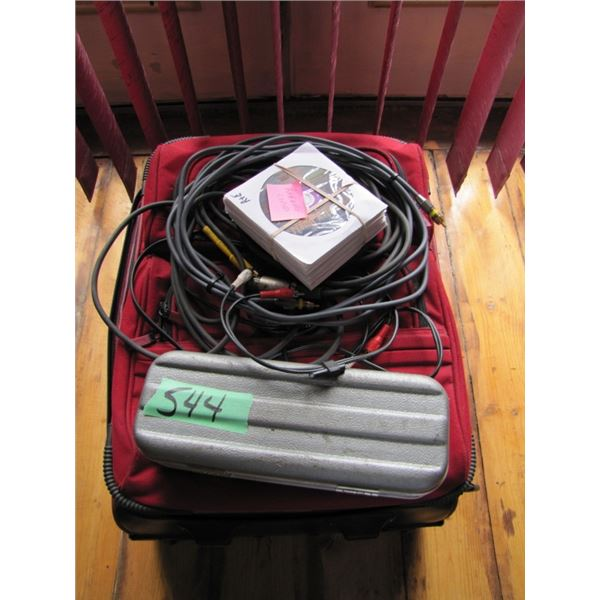 RSQ KARAOKE,VIDEO, CD PLAYER, MODEL RSQ-MV333 with Peavy Mic, Stand, Monitor & over 500 karaoke disk