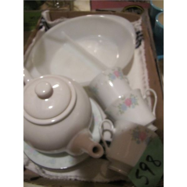 teapot, cups and saucers, divided dish