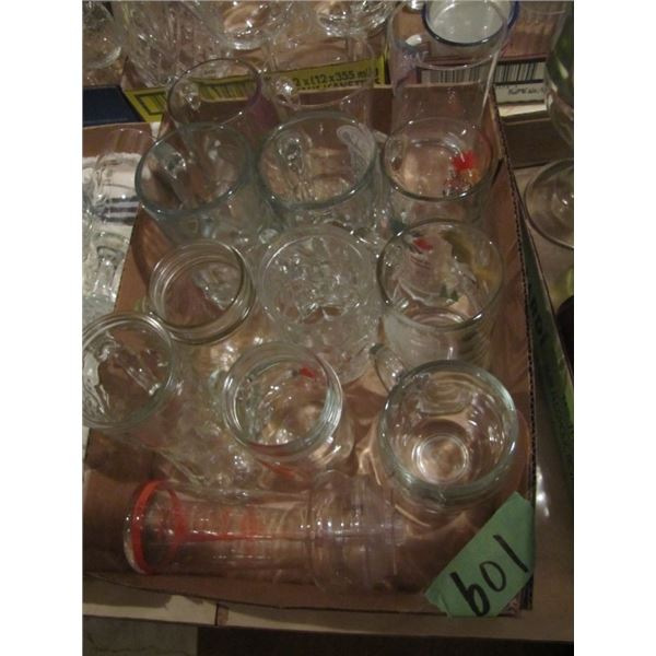 lot of two boxes of glassware - beer mugs