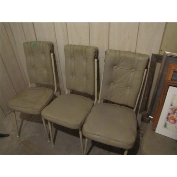 Arborite kitchen table and 5 chairs