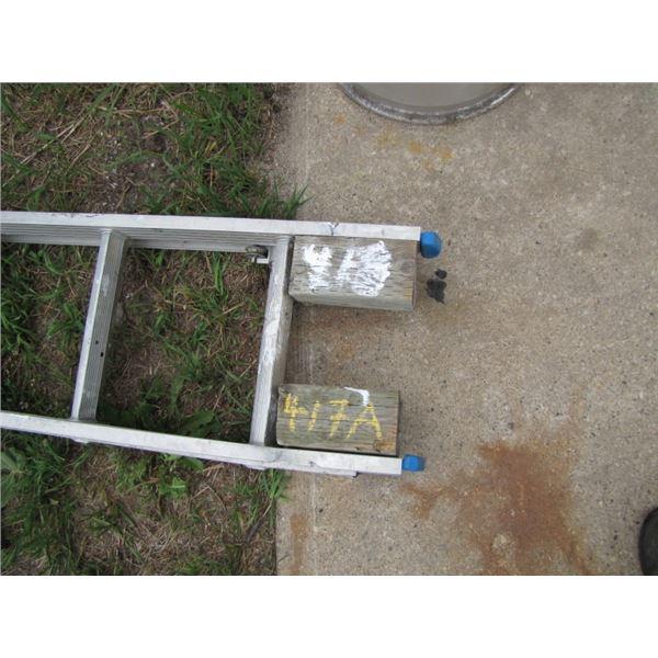 Aluminum 20' extension ladder