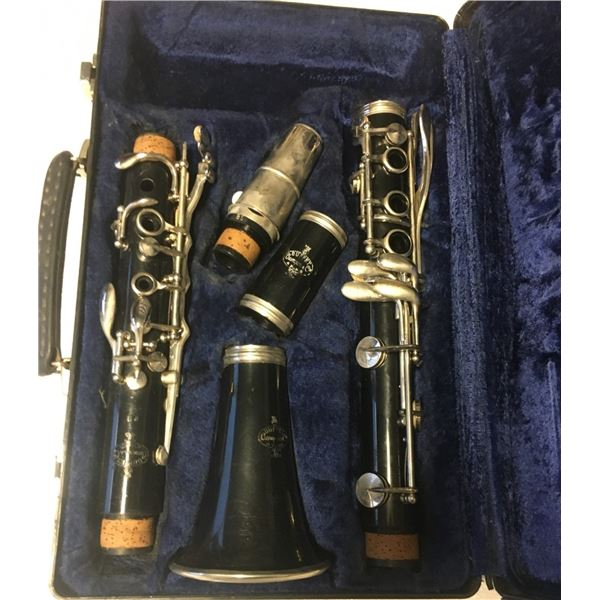 Buffet Crampon B12 Clarinet With Case and Mouthpiece  SN 384062