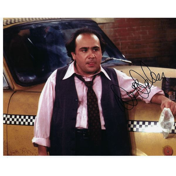 Taxi Danny DeVito signed photo