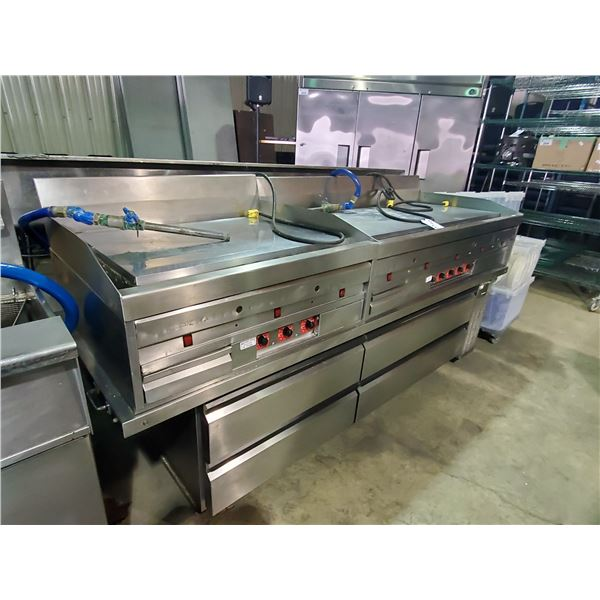 STAINLESS STEEL COMMERCIAL GAS 2 BAY GRIDDLE WITH BUILT IN GREASE CATCHER AND SILVER KING 97  CHEF