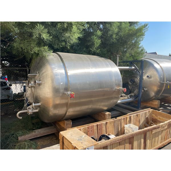 LARGE STAINLESS STEEL COMMERCIAL DOUBLE WALLED BREWERY TANK H12' X W7' WITH METAL BASE