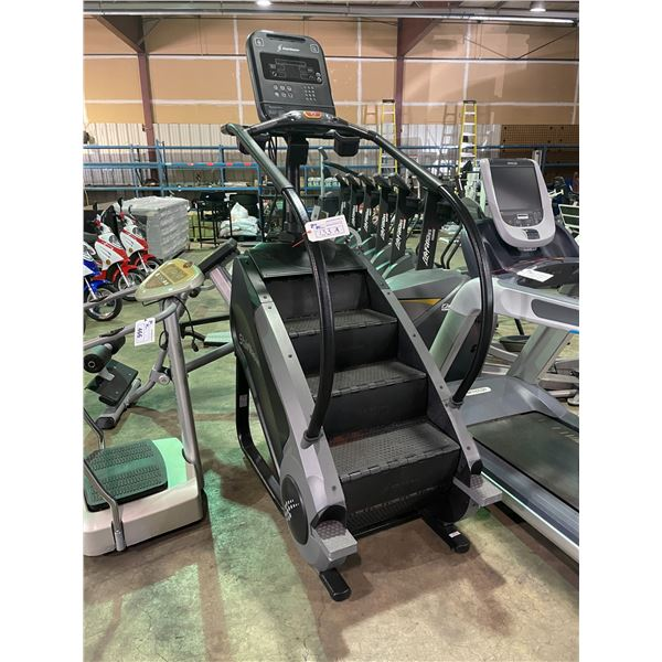 STAIRMASTER COMMERCIAL STAIR CLIMBER WITH USB PORT AND HEADPHONE JACK