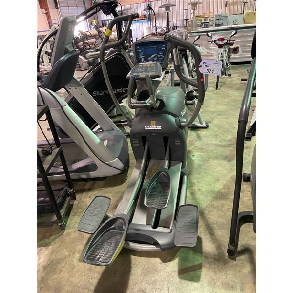 OCTANE FITNESS PRO 4700 COMMERCIAL SELF POWERED ELLIPTICAL WITH SMART STRIDE AND DISPLAY