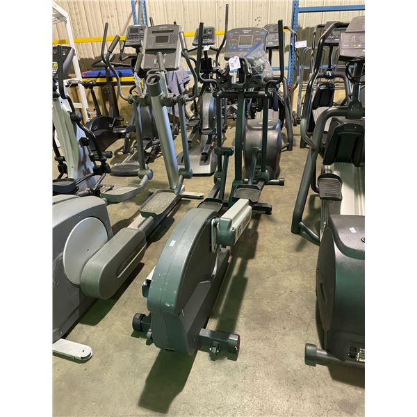 PACE MASTER SILVER XT COMMERCIAL ELLIPTICAL CROSS TRAINER ( FOR PARTS & REPAIRS )