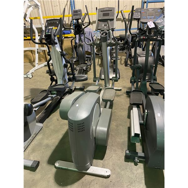 LIFE FITNESS 95XI COMMERCIAL ELLIPTICAL CROSSTRAINER ( FOR PARTS & REPAIRS )