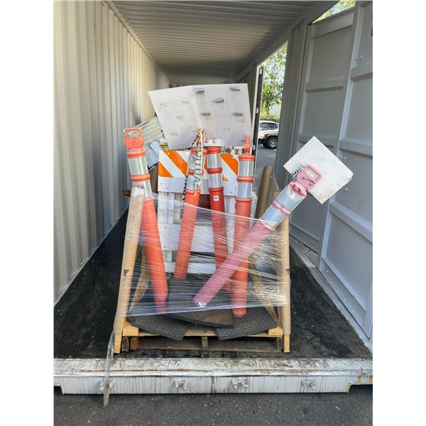 2 PALLETS OF ASSORTED TRAFFIC CONTROL CONES AND PORTABLE REFLECTIVE TRAFFIC BARRIERS
