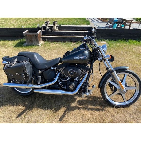 NO RESERVE! 2006 HARLEY DAVIDSON NIGHT TRAIN LAST YEAR OF THE CARBURATED THIS NIGHT TRAIN HAS ALWAYS
