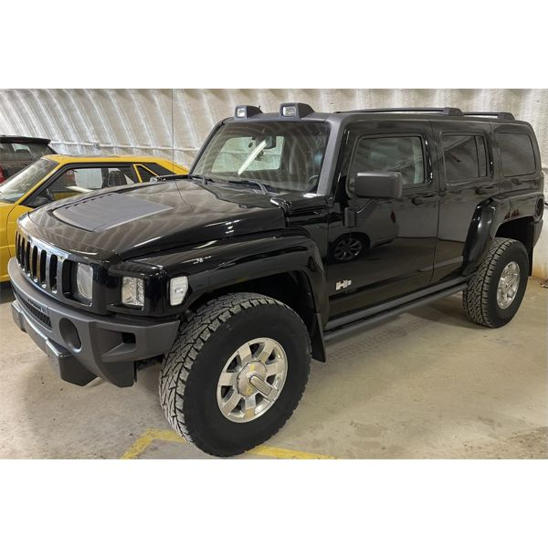 2010 Hummer H3 Alpha 5.3 with Adventure Package and all factory options