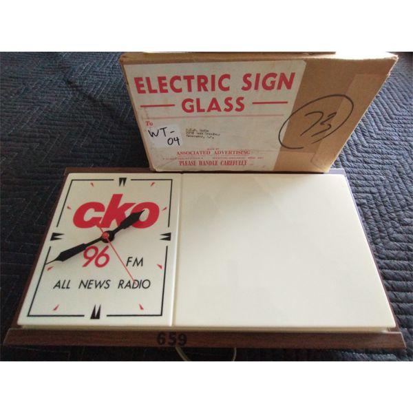 NO RESERVE! RARE! Vintage CKO radio station light up advertising wall clock