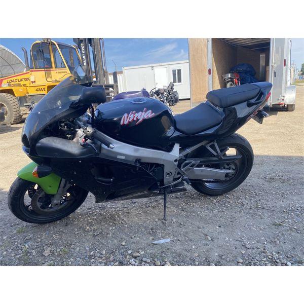 1997 Kawasaki ZX7R SuperBike RARE BLACK