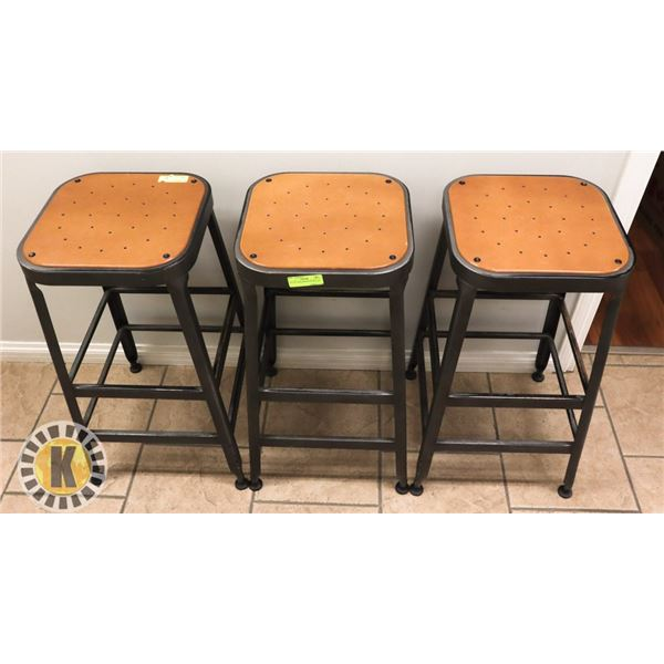LOT OF 3 BAR HEIGHT STOOLS