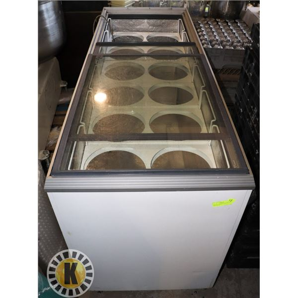 CARAVELL ICECREAM FREEZER WITH 12 BIN SPACES