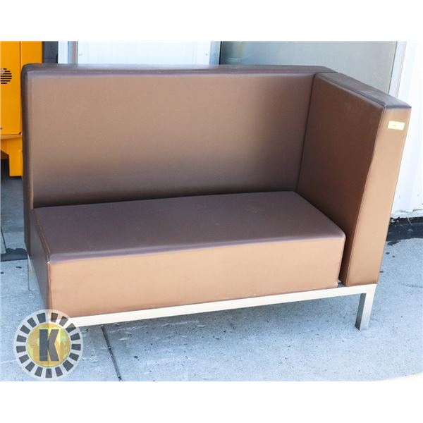 """BENCH STYLE SEATING (RIGHT HAND CORNER BENCH) 60"""" BY 36"""""""