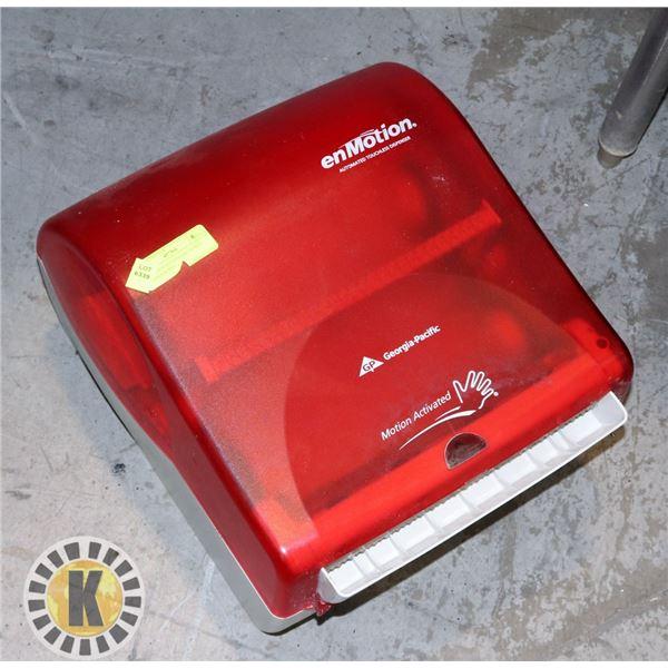 EN MOTION AUTOMATIC TOWEL DISPENSER RED