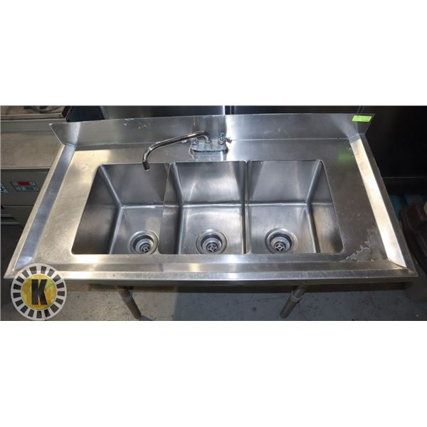THREE COMPARTMENT STAINLESS STEEL SINK ON LEGS