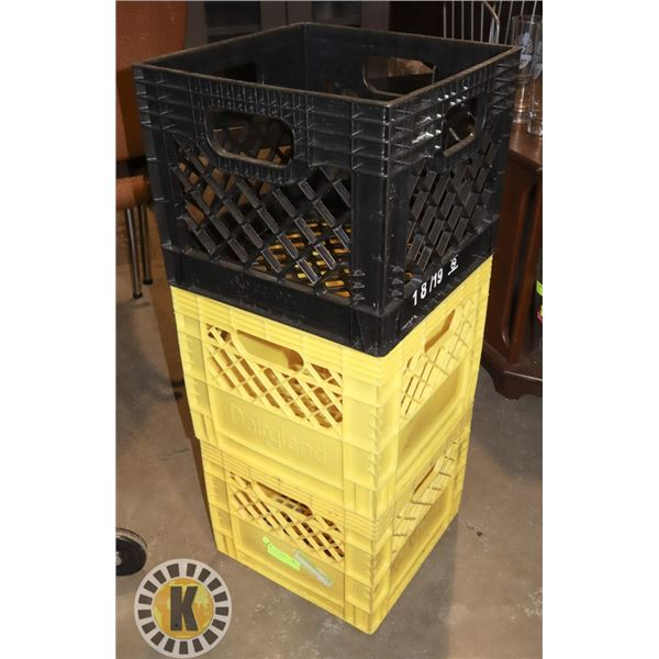 3 SMALL CRATES