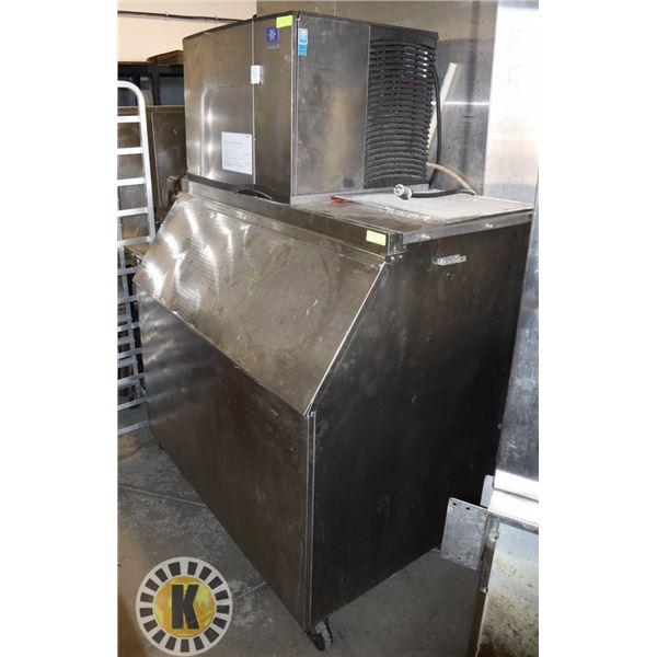MANITOWOC ICE MACHINE (AIR COOLED)- LARGE ICEMAKER WITH HOPPER
