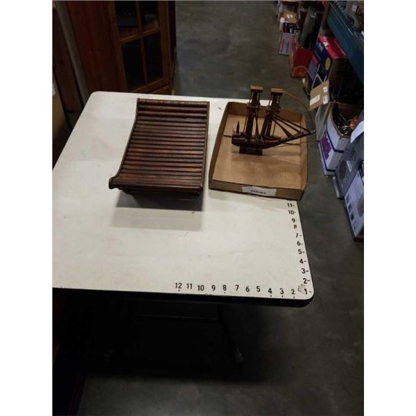 BOX OF WOODEN BOAT AND BAMBOO TRAY