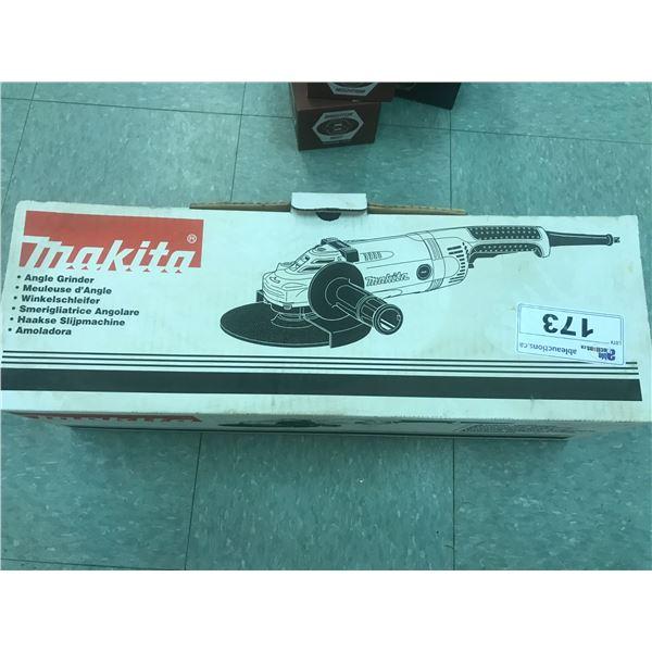"""MAKITA GA7031Y - 7"""" ANGLE GRINDER - NEW IN BOX"""